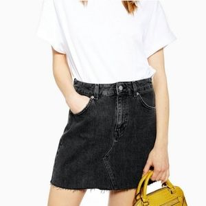 TOPSHOP Washed Black Denim Mini Skirt